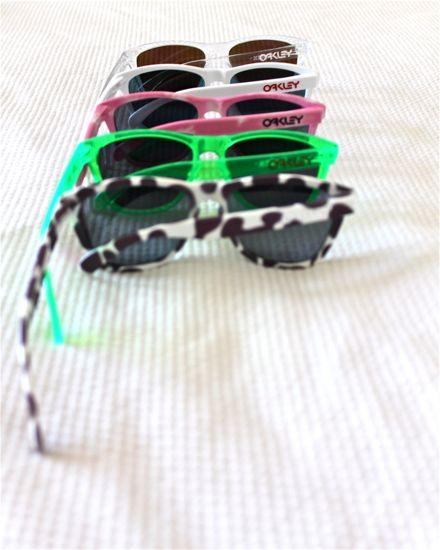 Sunglasses Like Oakley Frogskins  on oakley frogskins the fine young gentleman
