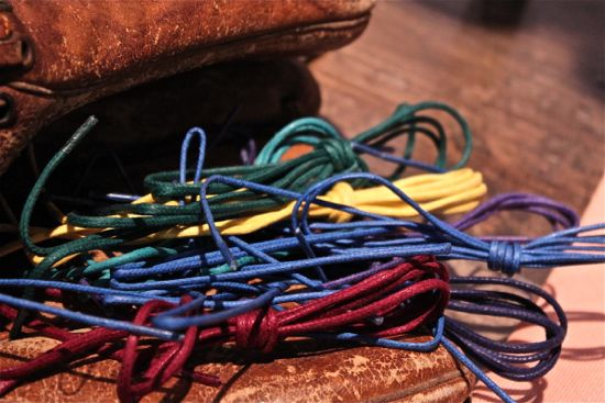 hook and alber shoe laces