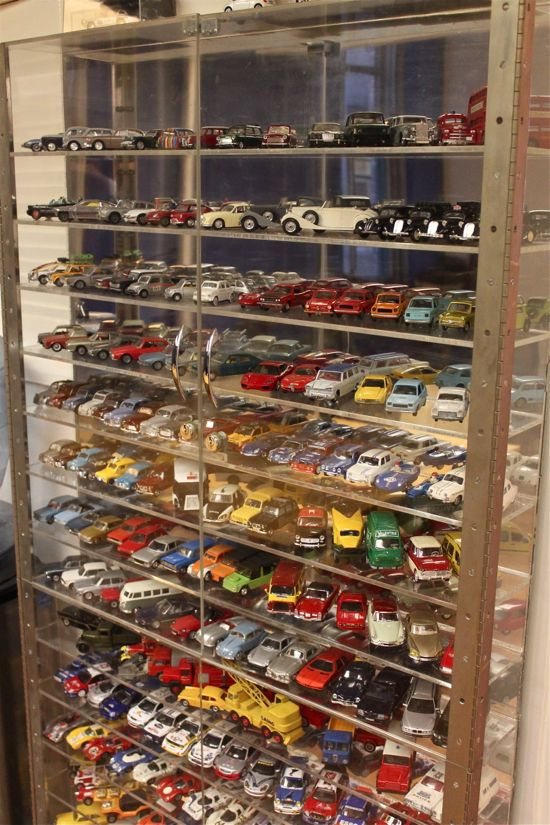 Rotenier cars