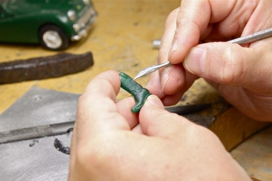 how are cufflinks made