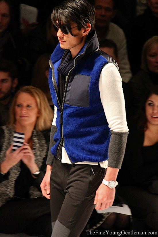 fleece/down vest