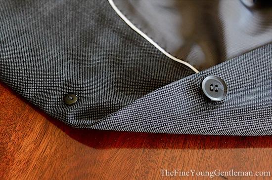 Knot standard buttons