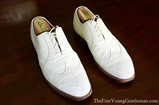 mens white buck shoes