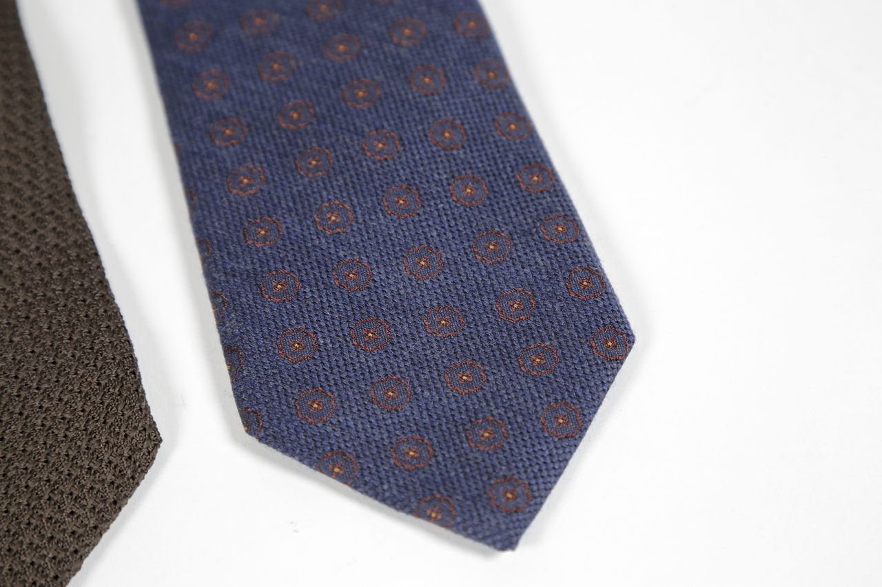 david fine ties blue silk and wool tie