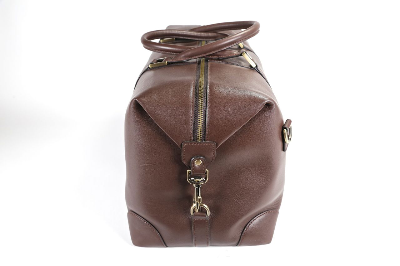 benchmark bags brown leather weekender end view