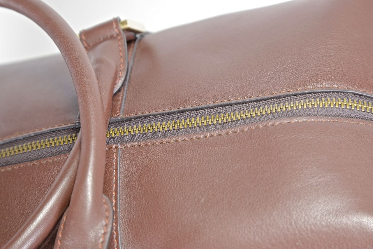benchmark bags brown leather weekender review
