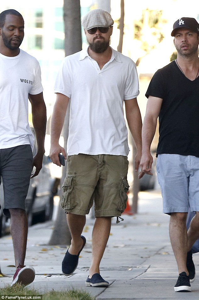 Musings On Cargo Shorts: Don't Wear Them, Ever | The Fine Young ...