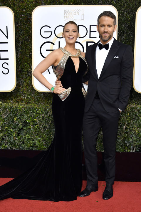 ryan-reynolds-golden globes 2017