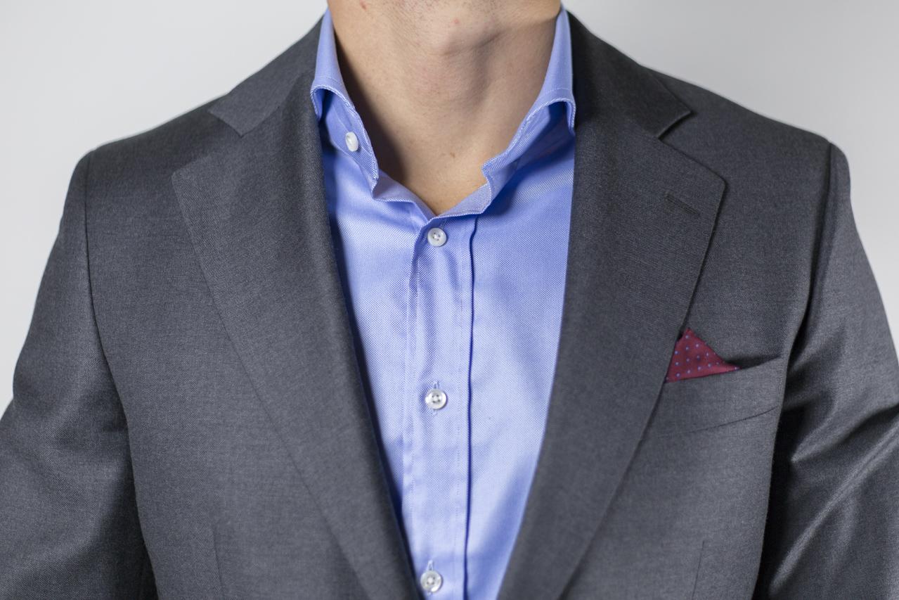 nvsbl undershit under dress shirt