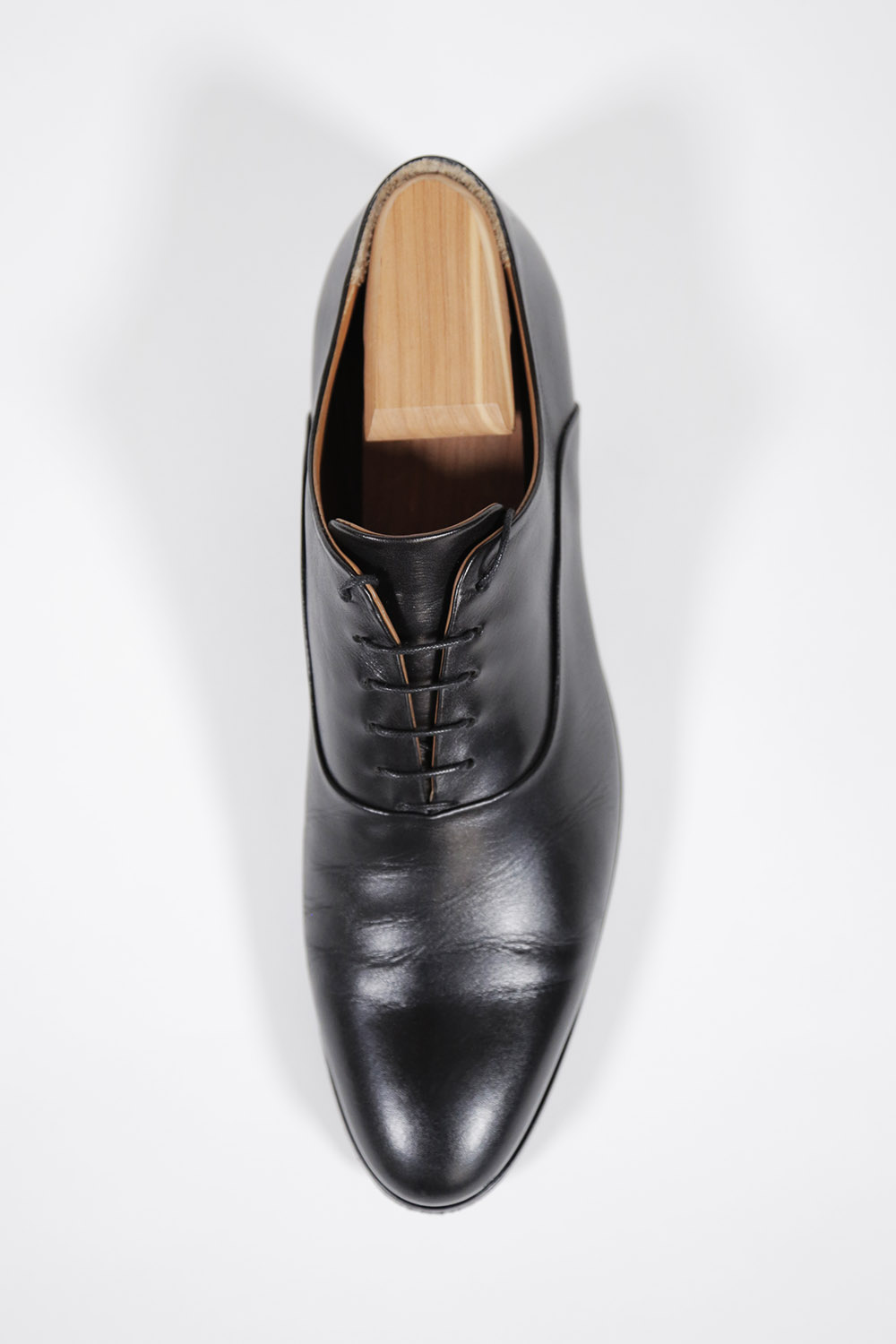 owen edward black oxford top view