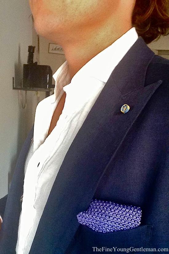 tie in pocket