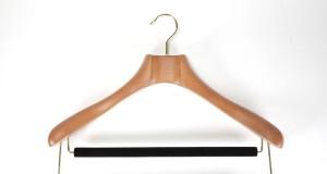 butler luxury wood hanger