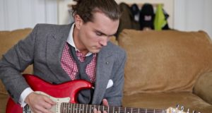 shetland-tweed-suit-and-fender-stratocaster